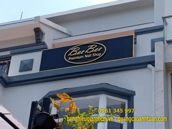 Bảng hiệu chữ nổi Mica Alu quảng cáo cửa hàng đẹp uy tín tại TP.HCM