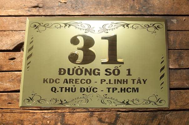 Làm Biển Số Nhà Quận 7 Bằng Mica - Inox